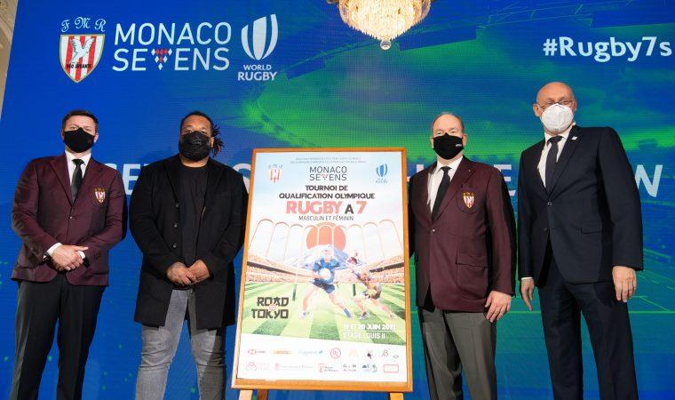 Suite au tirage au sort, l'affiche officielle du tournoi a été dévoilée par S.A.S. le Prince Albert II de Monaco et M. Gareth Wittstock aux côtés de M. Bernard Laporte et de l'ambassadeur du tournoi M. Mathieu Bastareaud.